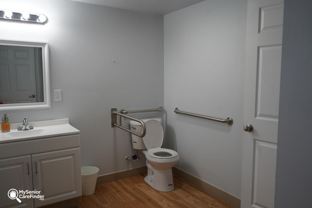 LB Quality Care Adult Family Home - Renton, WA